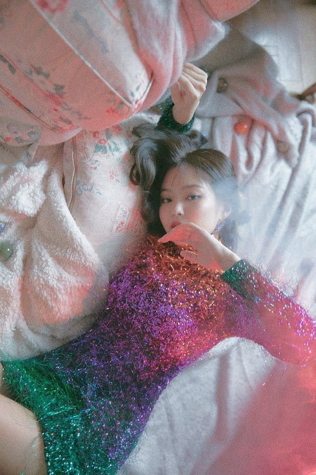 Jennie trở thành nữ ca sĩ solo Kpop đầu tiên có MV 200 triệu view trên YouTube với SOLO