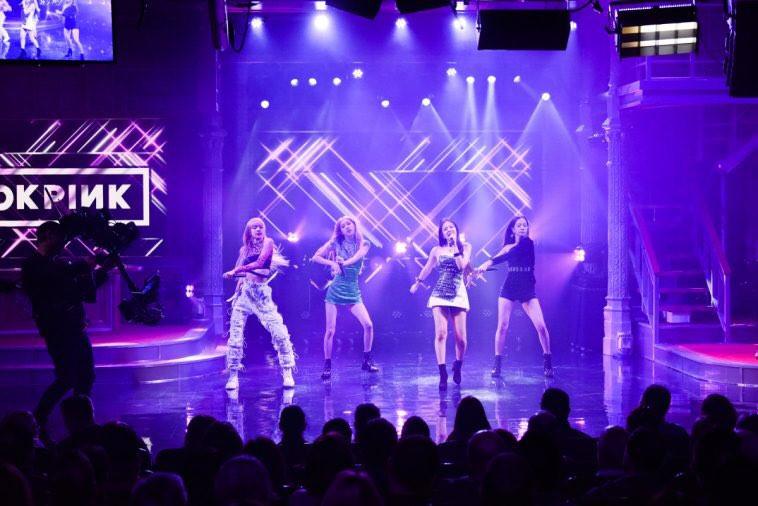 BLACKPINK bùng nổ với hit DDU-DU-DDU-DU trên show truyền hình Mỹ