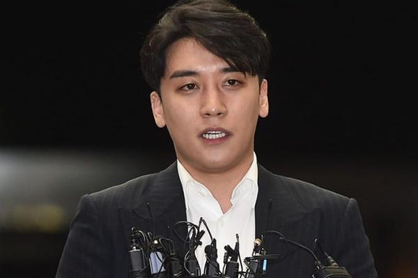 YG: Seungri hủy bỏ mọi lịch trình, tha thiết yêu cầu cảnh sát điều tra cáo buộc môi giới mại dâm