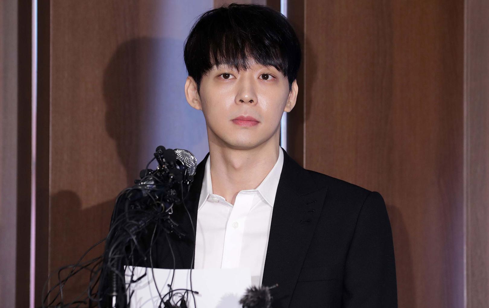 Sau bao lần kêu oan, Park Yoochun (JYJ) đã thừa nhận sử dụng ma túy