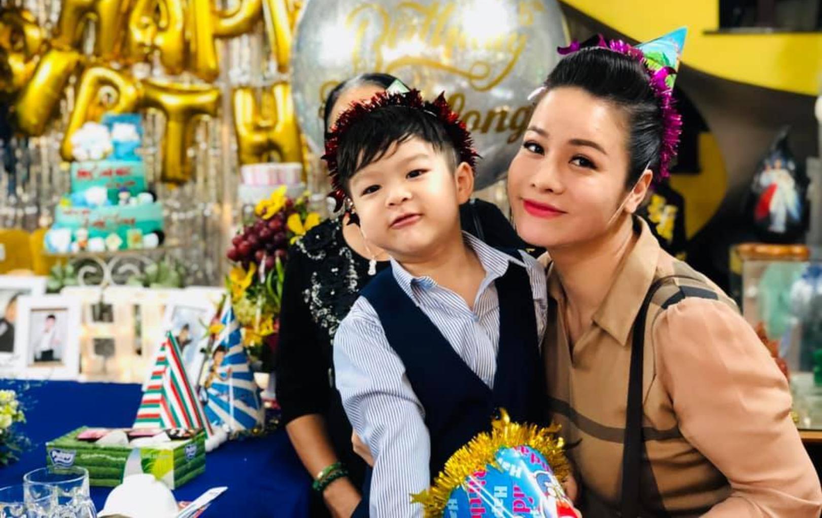 """Bị chồng cũ cản trở gặp con, Nhật Kim Anh uất ức: """"Anh đừng ích kỷ nhỏ nhen đến vậy"""""""