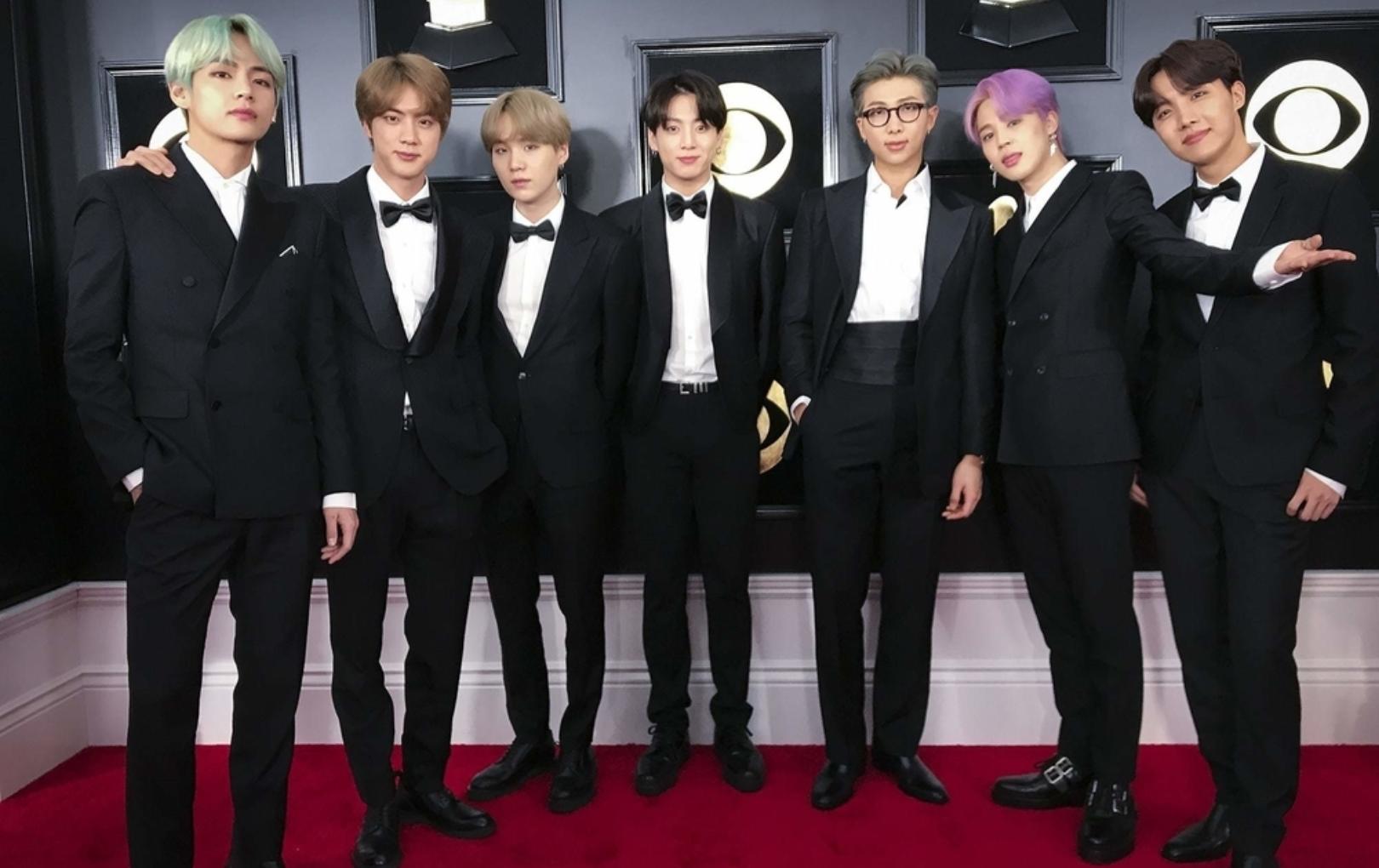 BTS chính thức trở thành nghệ sĩ Hàn Quốc đầu tiên trình diễn tại Grammy, được xếp ngồi cạnh Taylor Swift