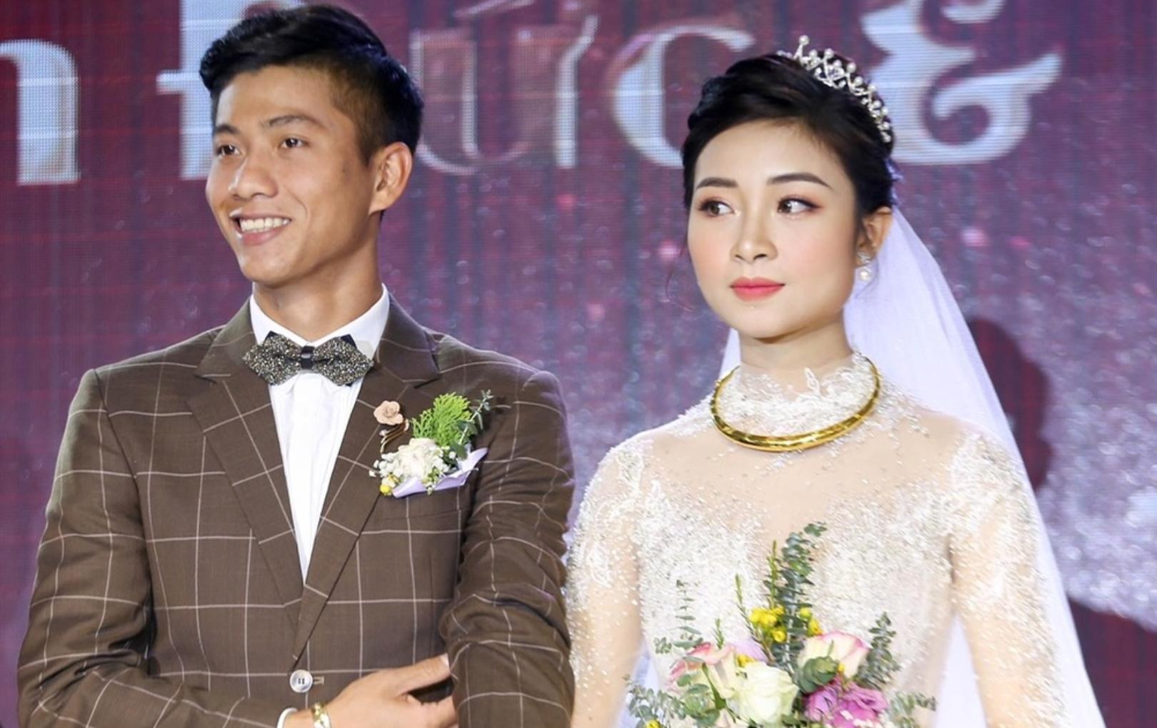 Ngay sau đám cưới, vợ Văn Đức xác nhận đang mang thai con đầu lòng