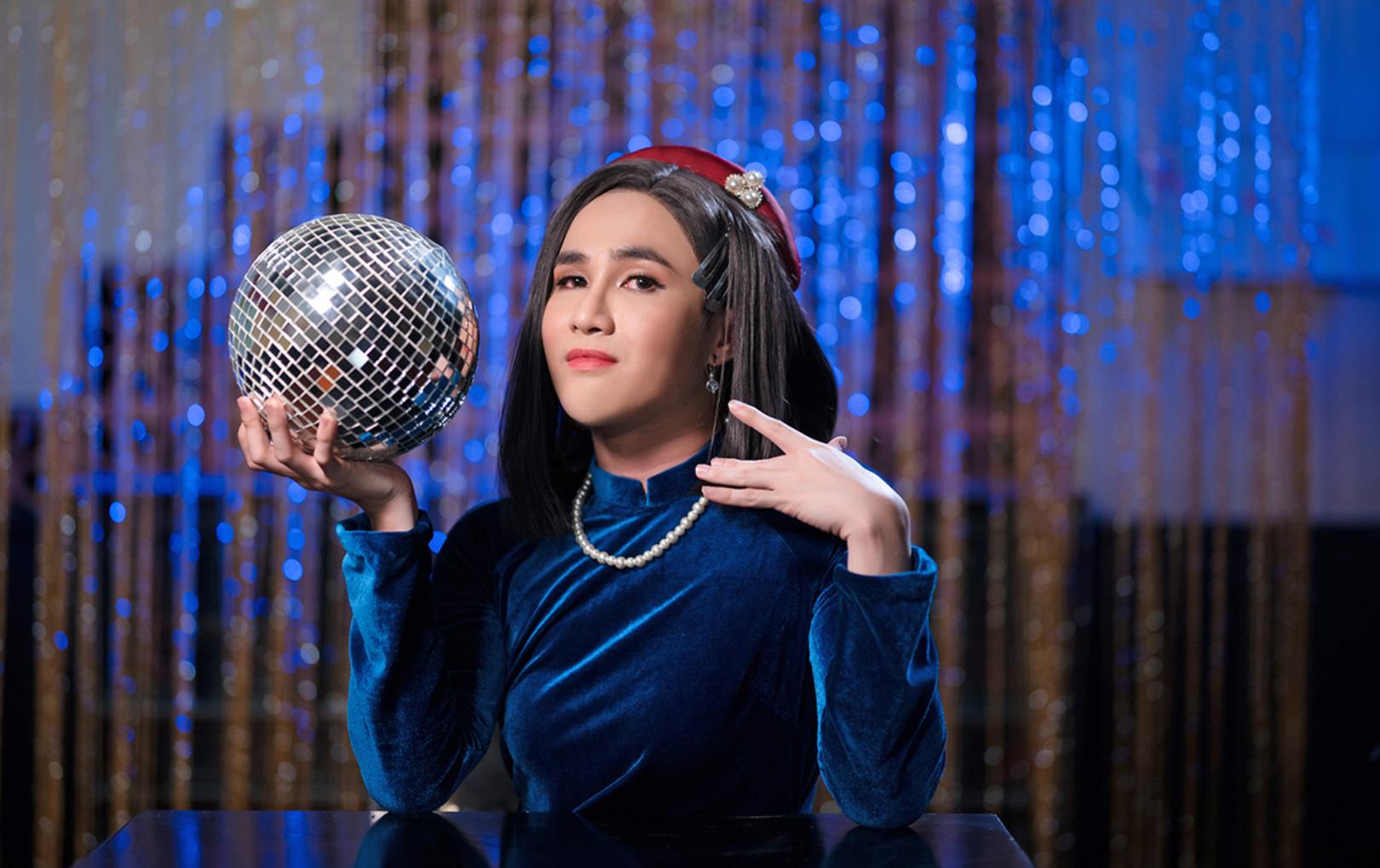 """Huỳnh Lập hoá Bích Phương phiên bản """"chị Bích Ních chống dịch"""" trong Parody """"Đưa cô Vy đi"""""""