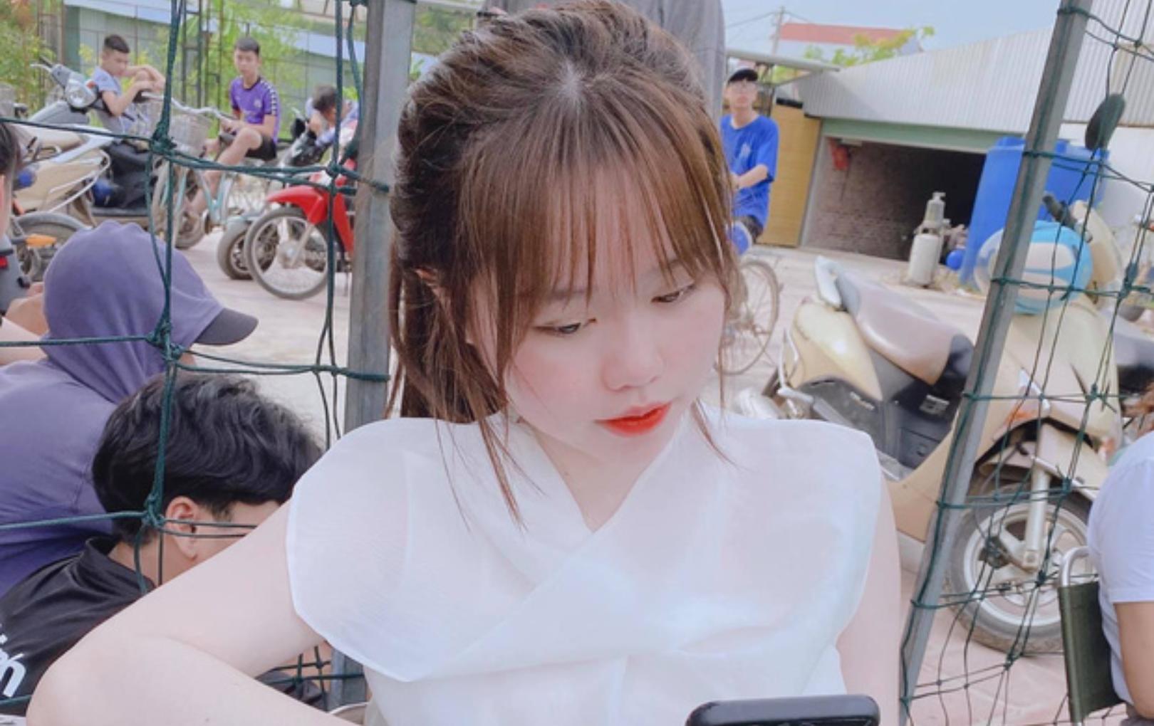 Bạn vào tận Facebook hỏi sao trắng dữ vậy, Huỳnh Anh trả lời hồn nhiên: Chỉnh đấy!