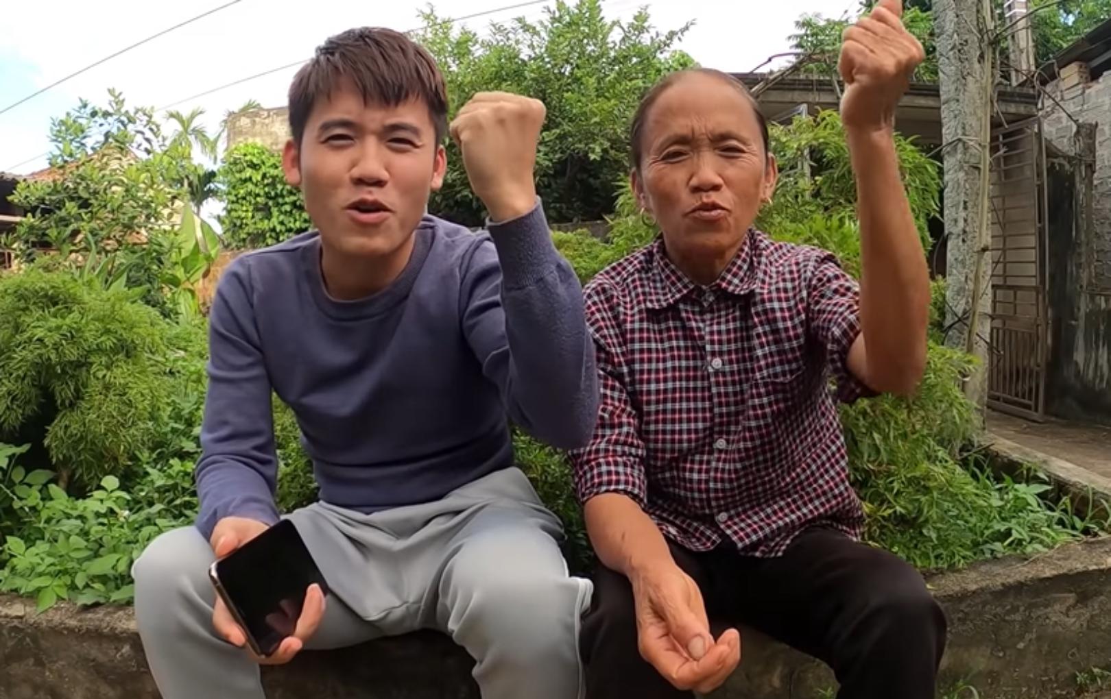 Bà Tân Vlog gửi 50 triệu đồng cho Thủy Tiên hỗ trợ đồng bào miền Trung