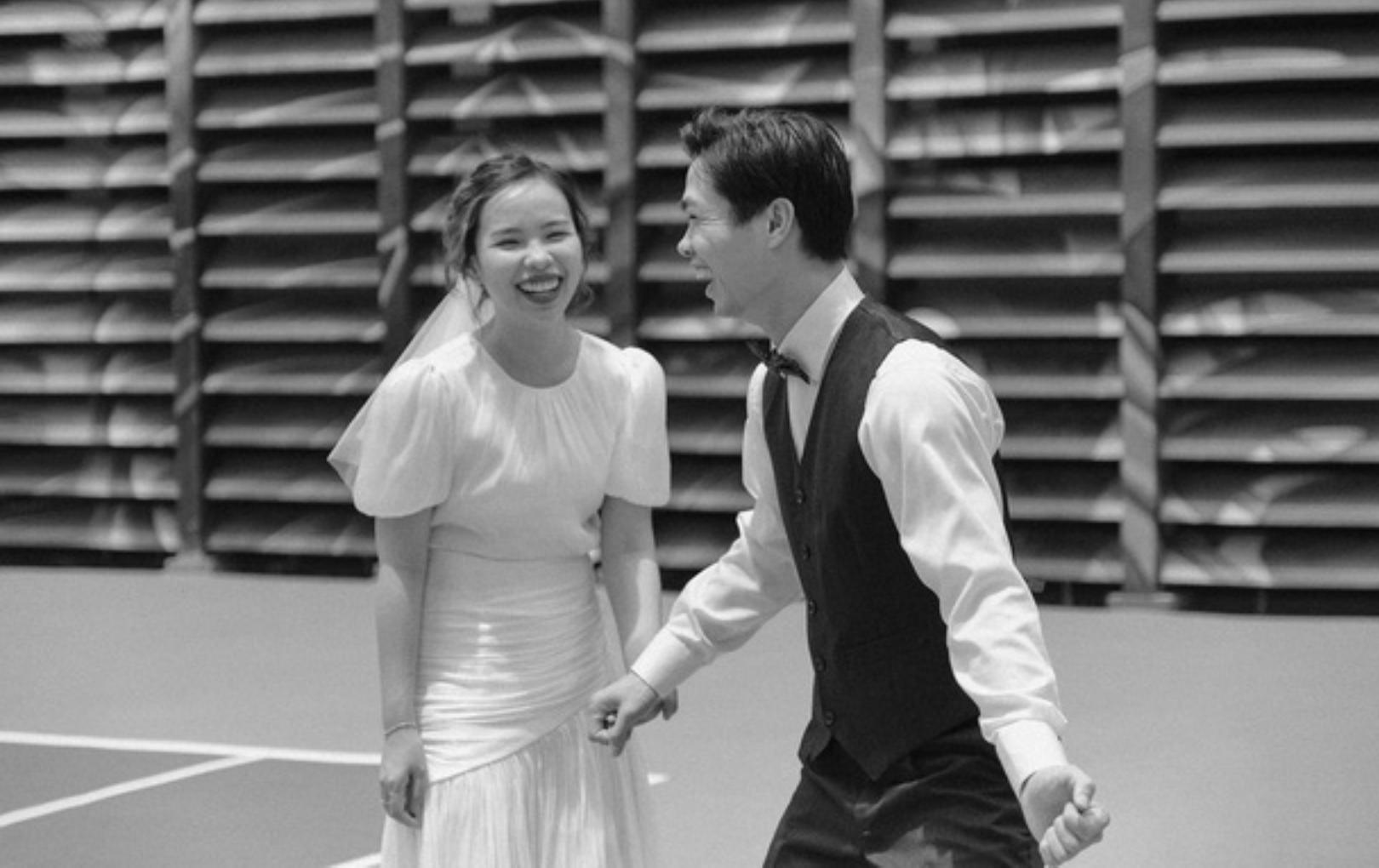 Ngắm bộ ảnh cưới đen trắng tuyệt đẹp của Công Phượng - Viên Minh