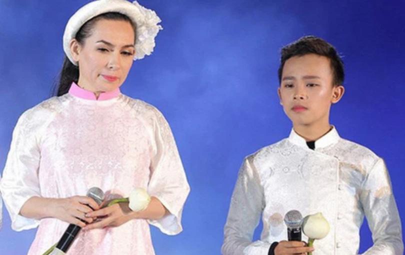 Phi Nhung bỗng than hết tiền hậu 1 tháng ồn ào với Hồ Văn Cường: Chuyện gì đây?