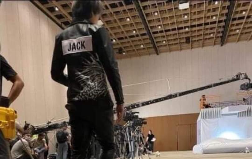HOT: Rò rỉ ảnh của Jack tại hậu trường Running Man Việt Nam