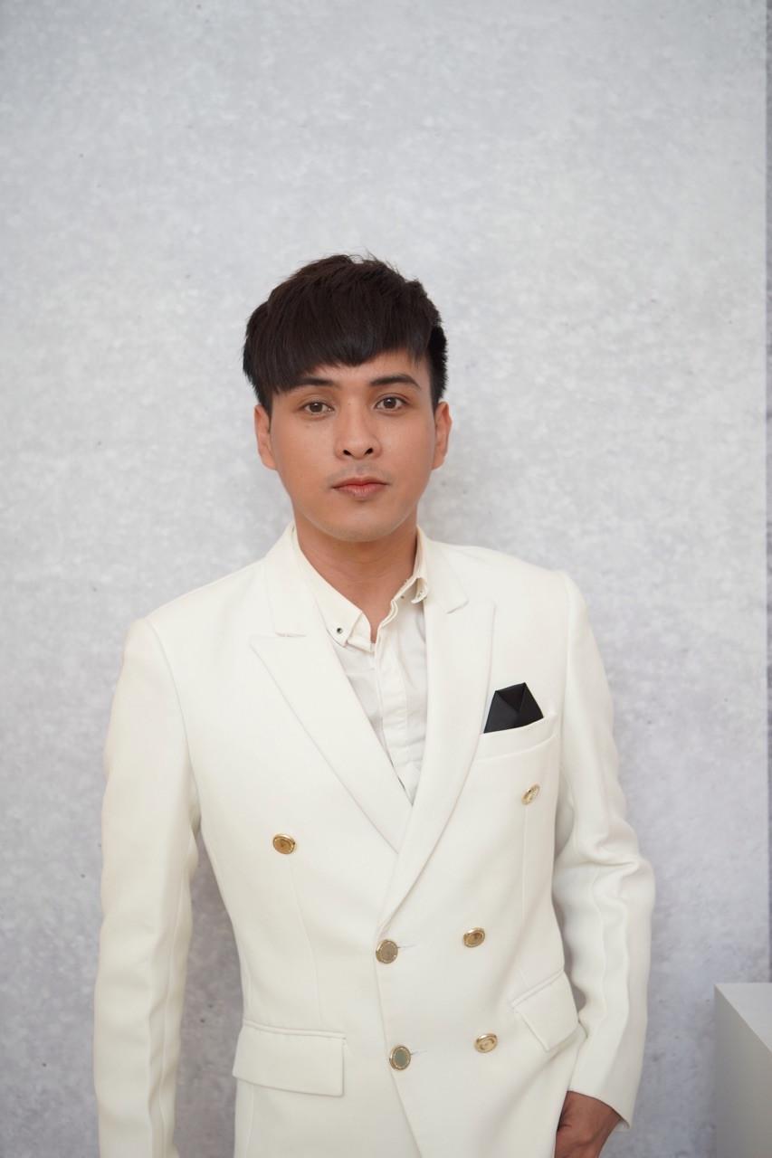 Giữa tin đồn tình cảm, Hồ Quang Hiếu bất ngờ hỏi Khổng Tú Quỳnh về mối quan hệ với Ngô Kiến Huy