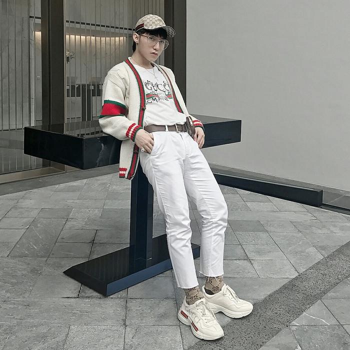 Với style thời trang chất phát ngất, Sơn Tùng được netizen công nhận là sao nam mặc đẹp nhất Vbiz