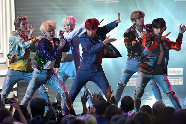 Thắc mắc BTS sẽ làm gì tại Grammy 2019: Câu trả lời có tại đây!