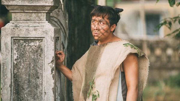 Trấn Thành đứng trước nguy cơ bị cổ đông sản xuất phim Trạng Quỳnh khởi kiện mặc cho đạo diễn Đức Thịnh phản đối