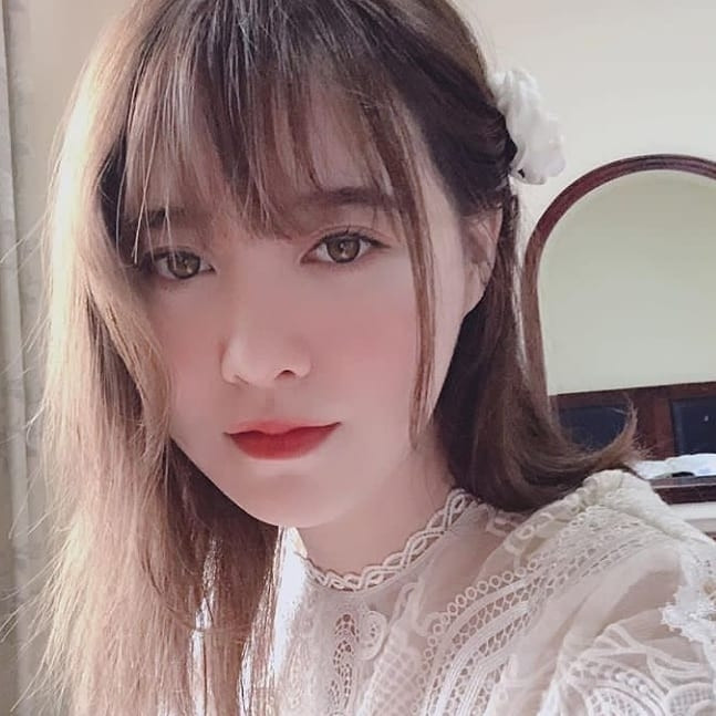 Goo Hye Sun khiến fan ngẩn ngơ với vẻ đẹp siêu thực, chụp cận mặt không ra khuyết điểm