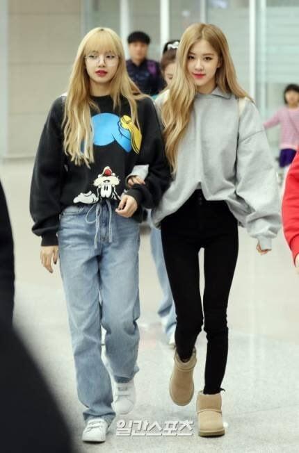 Sự thật về gương mặt khó ở của Jennie ở sân bay: Là mắc bệnh ngôi sao hay bị nhà báo hãm hại?