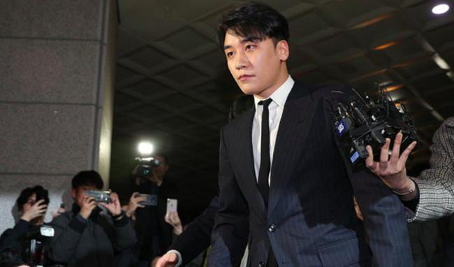 Burning Sun của Seungri (Big Bang) thừa nhận hối lộ cảnh sát hơn 400 triệu đồng