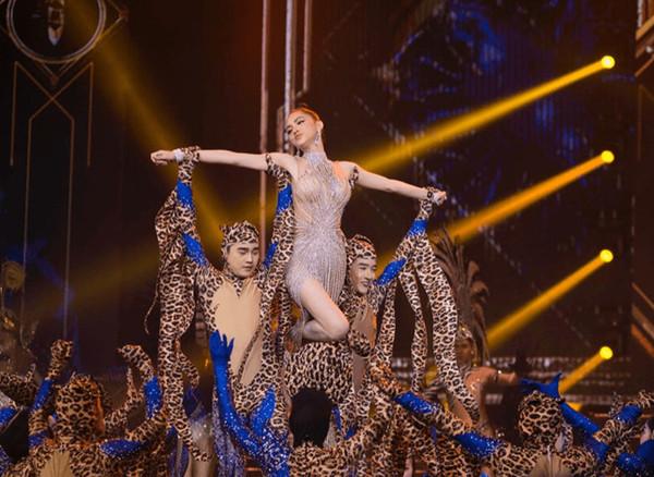 Sự thật tại sao Hương Giang phải hát nhép tại sân khấu HH Chuyển giới 2019