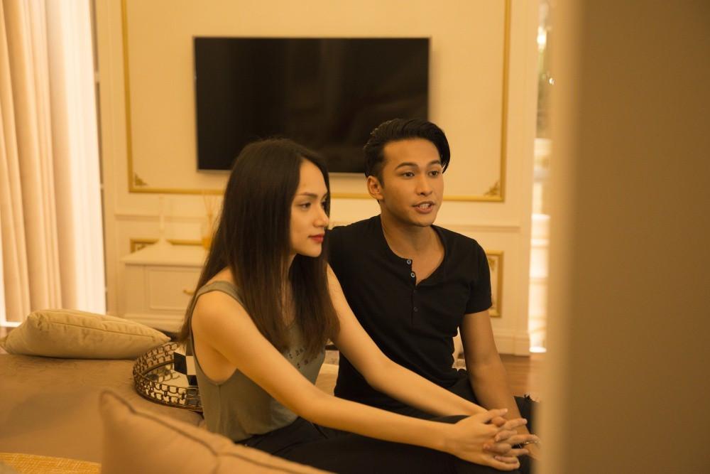 Phản ứng của mỹ nam học trò Lukkade khi được CĐM nhiệt tình đẩy thuyền với Hương Giang?