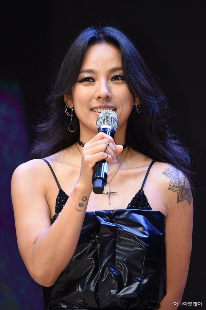 Top thần tượng là tín đồ của xăm mình: G-Dragon đứng đầu bảng với những 22 hình xăm