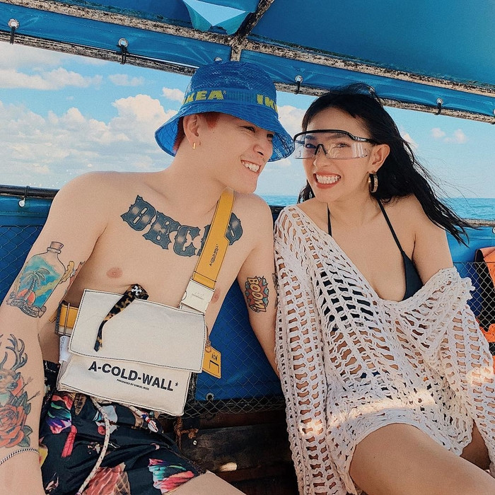Những cặp đôi trai tài gái sắc được yêu thích nhất showbiz Việt