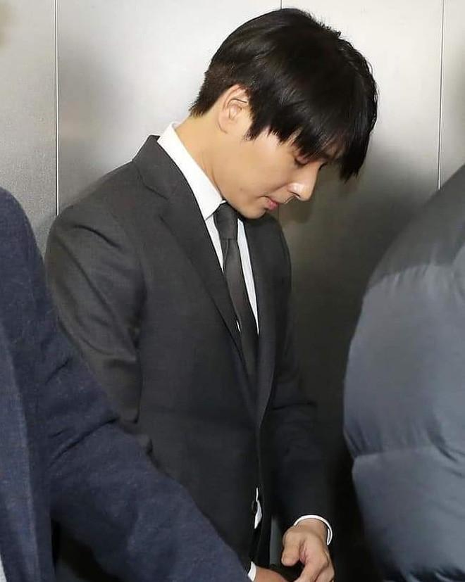 Biến động bê bối chưa kết thúc, fan phẫn nộ khi Choi Jong Hoon thản nhiên thả tim trên mạng xã hội