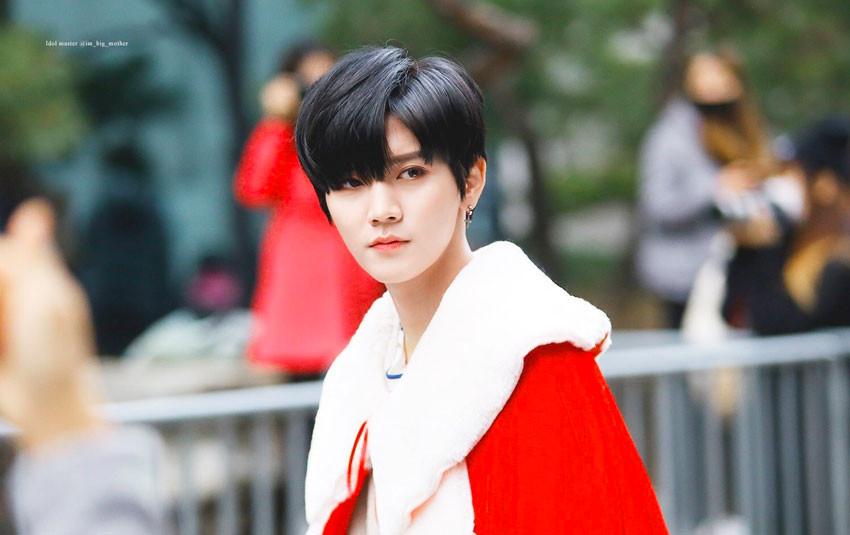 Từng bị nhầm lẫn là con gái trong nhóm nam, Ren (Nu'Est) nắm giữ vẻ đẹp mỏng manh khó ai bằng