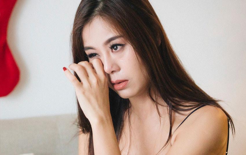 """Nam Thư bị chê kém duyên, MC Quyền Linh lên tiếng: """"Cô ấy mới 1 ngày, Cát Tường 6 năm rồi"""""""