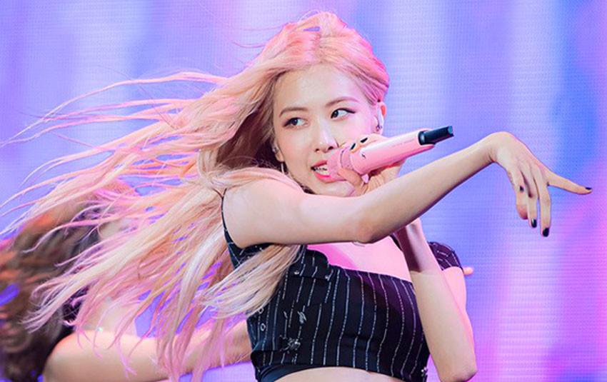 """Diễn Kill This Love cả nghìn lần nhưng sân khấu Nhật Bản này của Rosé lại """"dậy sóng"""" chỉ vì... tóc bay"""