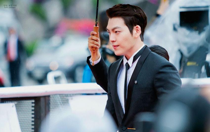"""Sau 2 năm """"mất dạng"""" để điều trị ung thư, Kim Woo Bin xác nhận tham gia lễ trao giải Rồng Xanh sắp tới"""