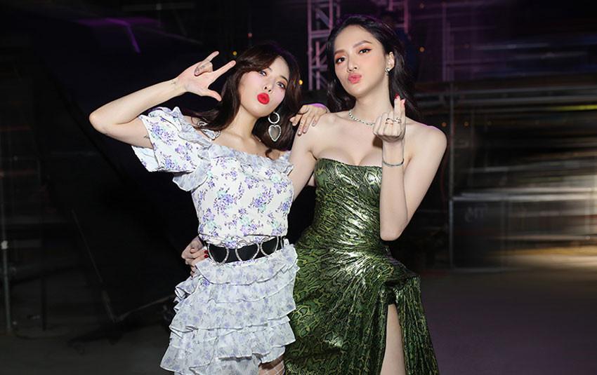 """Màn """"đọ sắc"""" ngang tài ngang sức của Hương Giang cùng """"nữ hoàng sexy"""" HyunA khiến fan mê mẫn"""