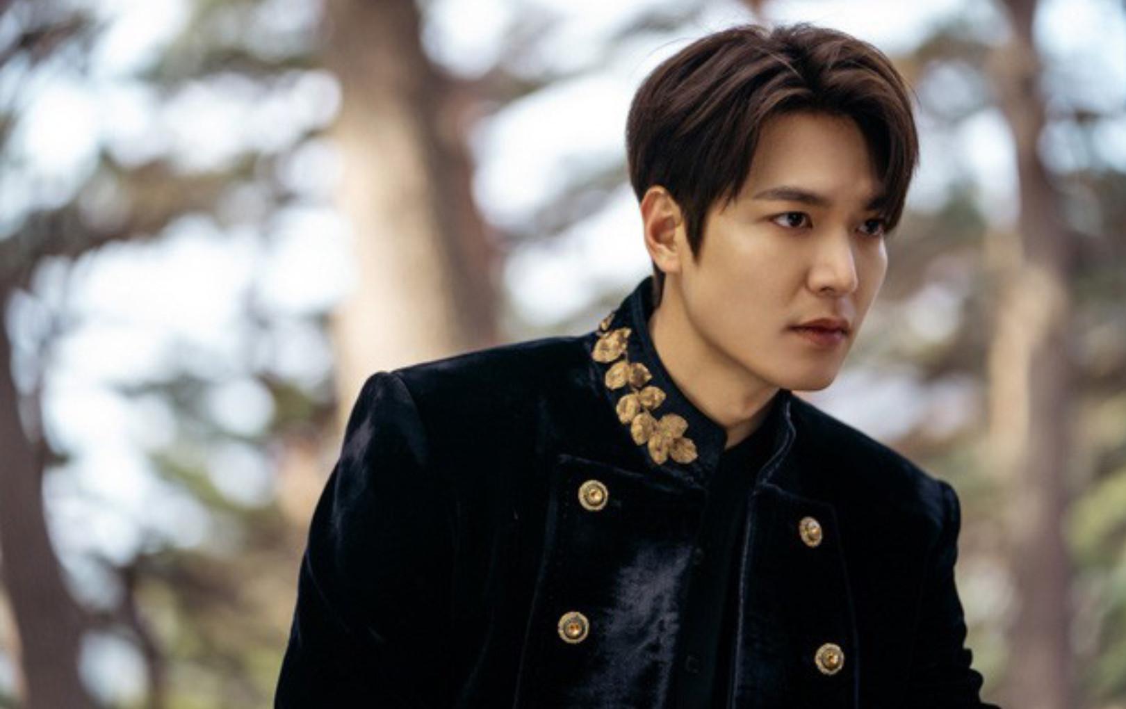 Trọn bộ ảnh đẹp hút hồn của Lee Min Ho trong phim mới, thần thái ngút ngàn khiến ai cũng trầm trồ