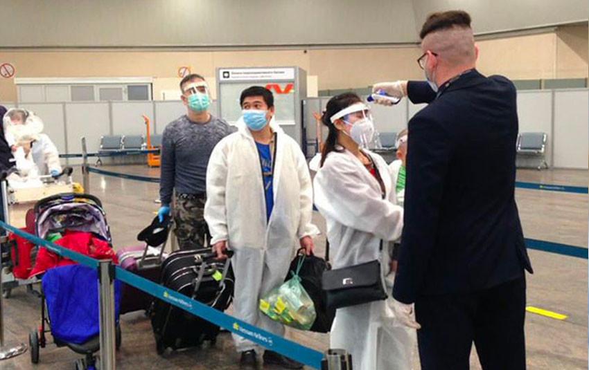 Việt Nam ghi nhận thêm 24 ca nhiễm Covid-19 trên chuyến bay đến từ Nga, tất cả đã được cách ly