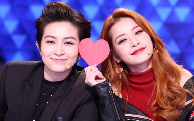 """Netizen """"đào mộ"""" talkshow Gil Lê và Chi Pu nói về tình yêu, sự trùng hợp này có phải đang nói về đối phương?"""