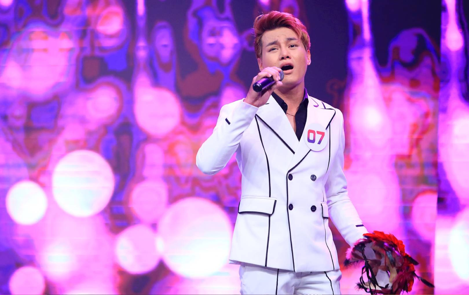"""Phan Duy Anh live như nuốt đĩa bản hit """"Từng yêu"""", nhá hàng ca khúc mới toanh tại """"Ca sĩ bí ẩn"""""""