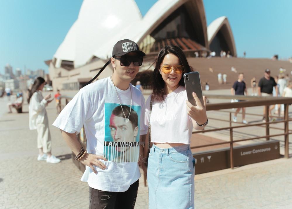 Ưng Hoàng Phúc hạnh phúc bên bà xã Kim Cương đi tuần trăng mật tại Úc sau đám cưới đẹp như mơ