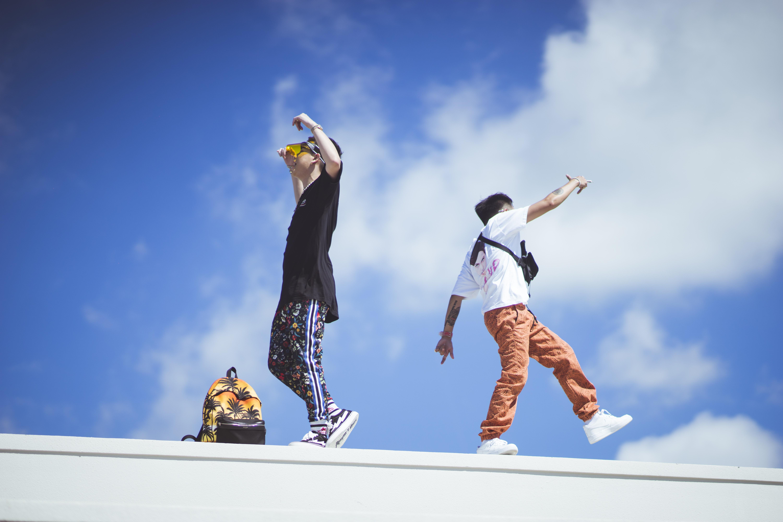 Andree và JC Hưng tung MV mới với những châm ngôn sống lành mạnh dành cho giới giới trẻ