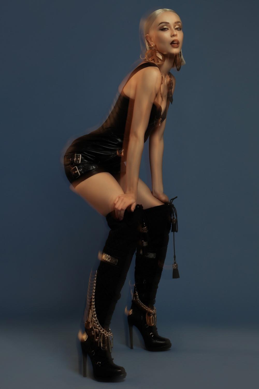 MLee sexy hết cỡ trong hình ảnh quảng bá MV mới