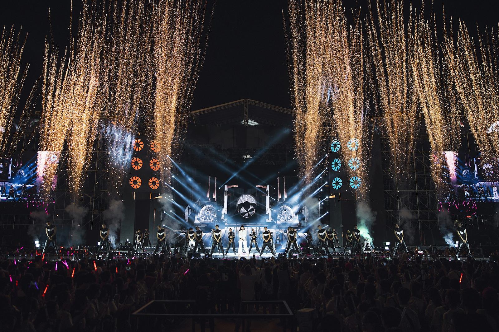 Đông Nhi sẽ cùng đông đảo nghệ sĩ đình đám showbiz nhìn lại chặng đường năm 2018 nhiều dấu ấn trong Yeah1 Universal Day