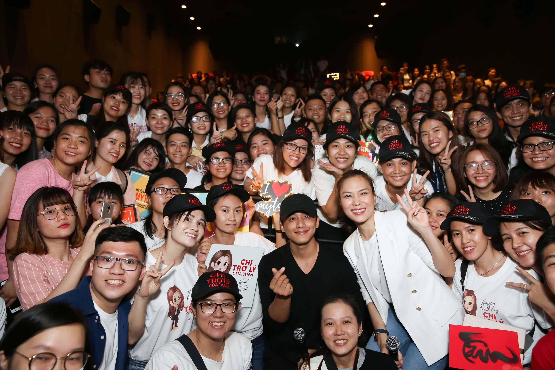 Phim đạt doanh thu khủng, Mỹ Tâm cùng fans đi từ thiện kết hợp cinetour tại Vĩnh Long và Cần Thơ