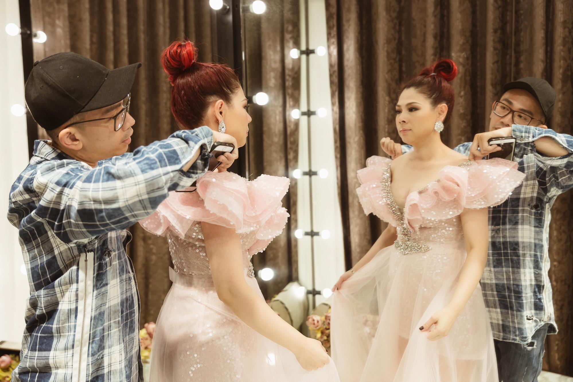 Hồi tưởng về tuổi thơ qua hàng loạt ca khúc hit trong liveshow để đời của búp bê Thanh Thảo