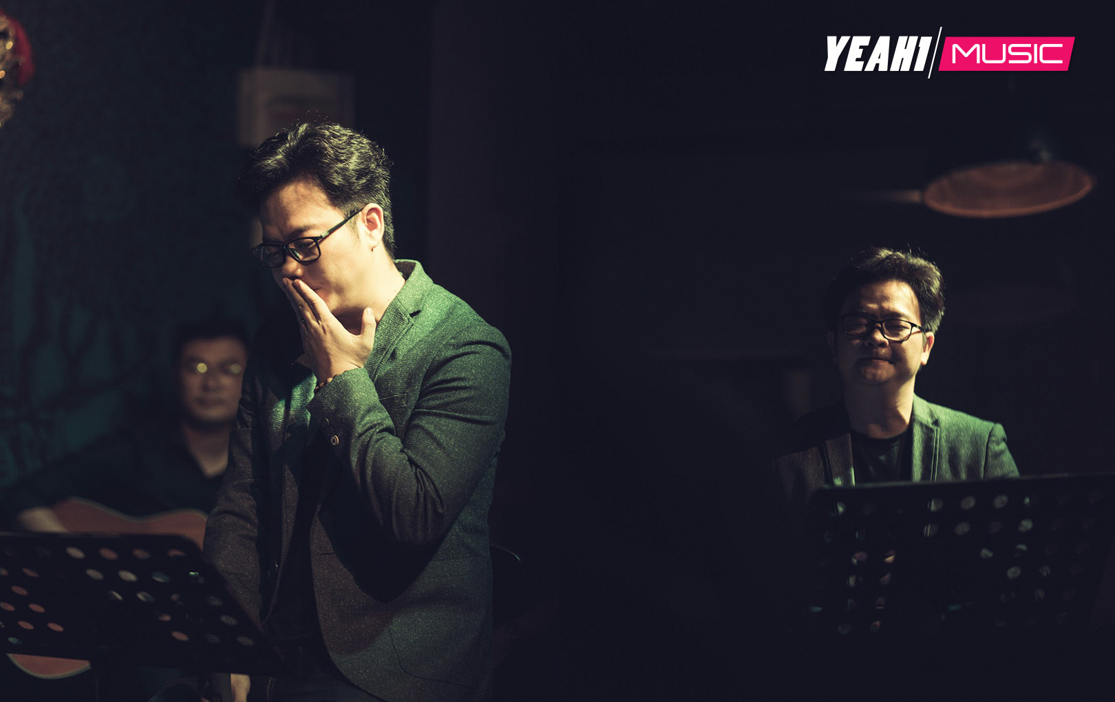 """Nguyễn Minh Cường xúc động khi tổ chức đêm nhạc """"Cả một trời thương nhớ"""", kỷ niệm 2 năm sáng tác"""