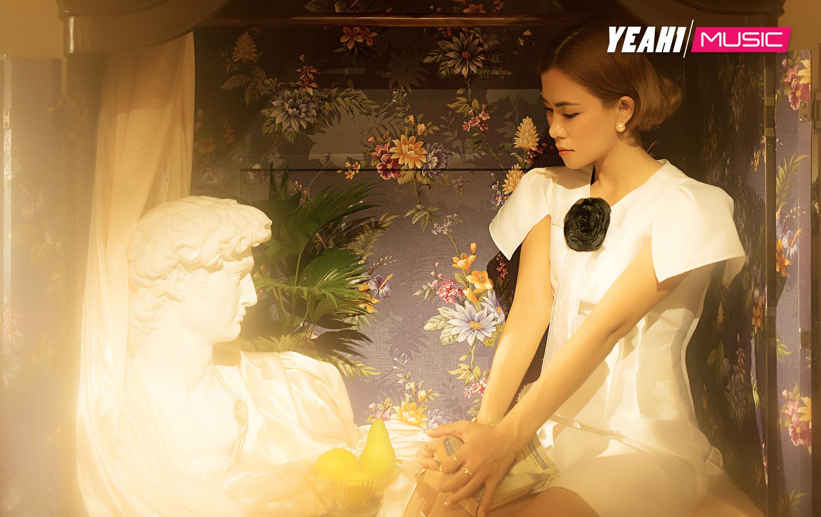 """Giữa """"rừng"""" sản phẩm drama Vpop, Hà Nhi bất ngờ tung MV buồn da diết kể chuyện thất tình"""