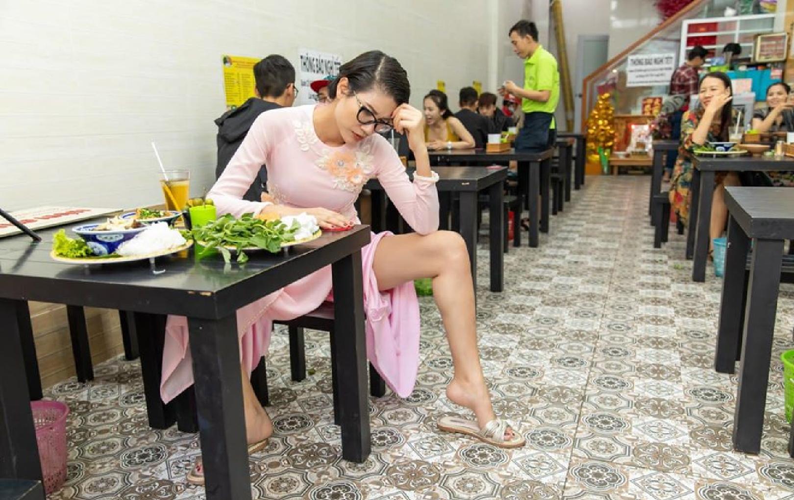 Lao đao giữa mùa dịch Covid-19: Cựu người mẫu vay nóng 200 triệu để cầm cự nhà hàng, hot girl có tài sản 50 tỷ 'khốn đốn' vì cổ phiếu tụt dốc