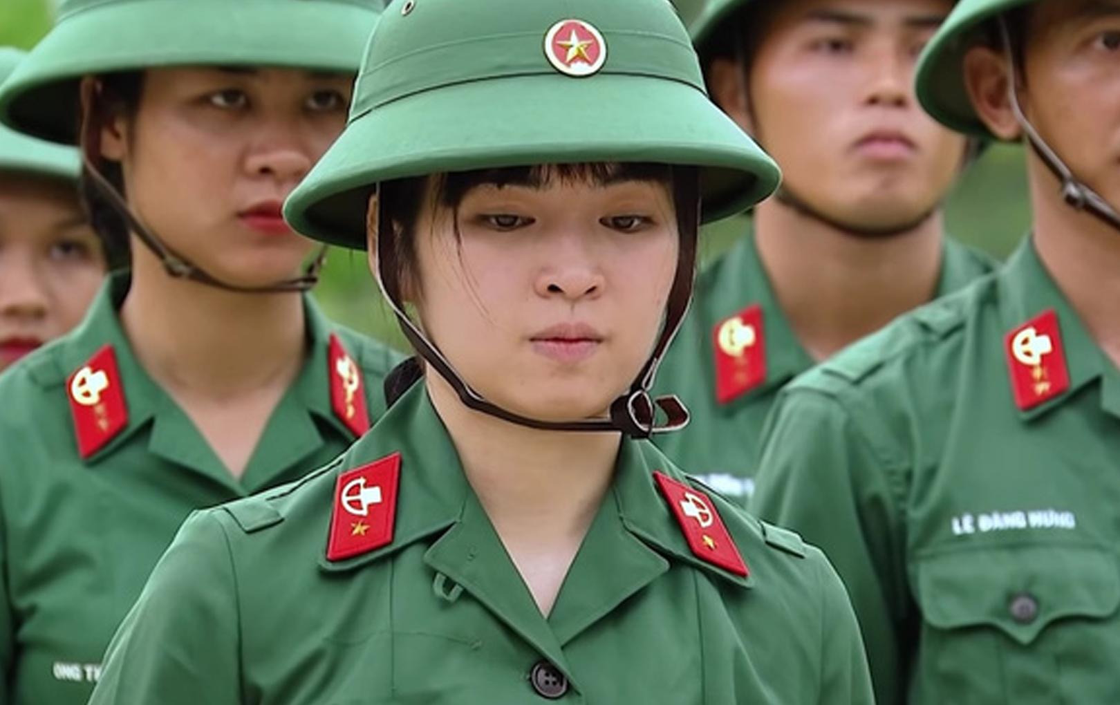 """Khánh Vân bị chỉ trích vì tính cách """"tiểu thư"""" khi tham gia Sao Nhập Ngũ"""