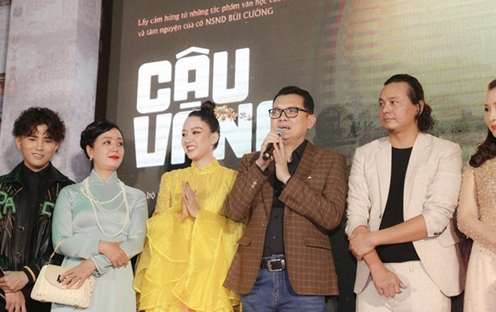 """NSƯT Hữu Châu tâm đắc với vai Bá Kiến, lên tiếng bênh vực """"Cậu Vàng"""" trước làn sóng chỉ trích của CĐM"""