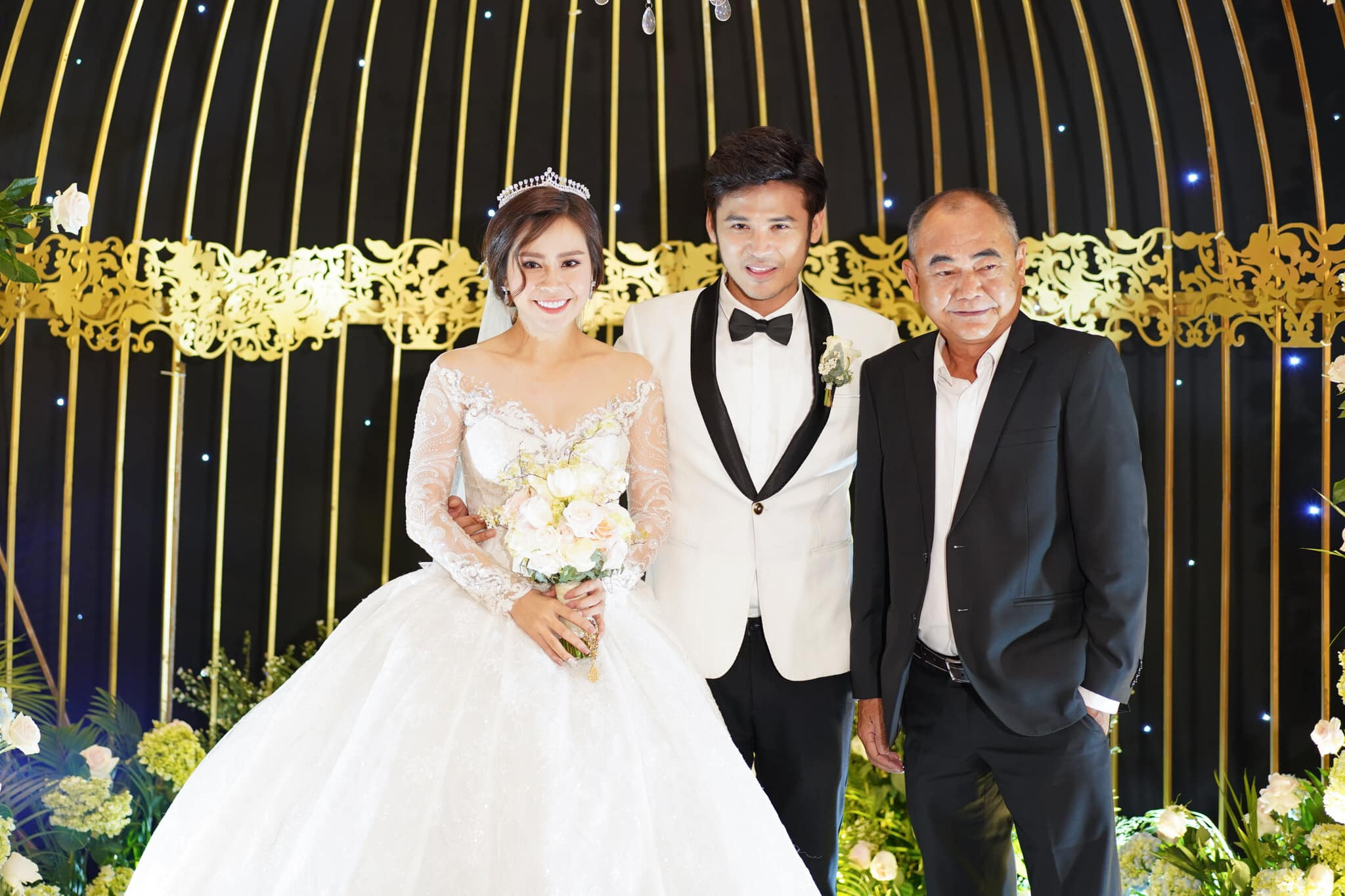 Dàn sao Việt ăn diện lộng lẫy đến dự đám cưới nữ diễn viên Gạo nếp gạo tẻ và ông xã
