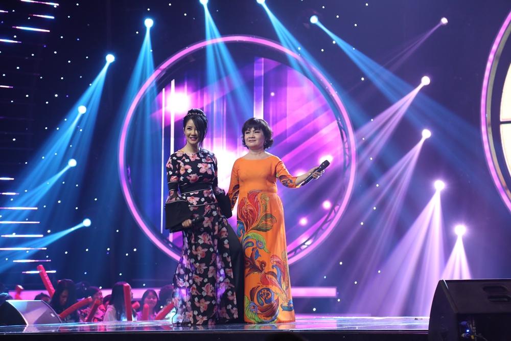 Lê Thiện Hiếu mang hit triệu view của Sơn Tùng M-TP lên sân khấu Nhạc hội song ca