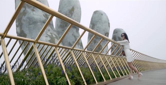 Dàn hoa hậu thế giới đã có mặt và check in tại Cầu Vàng - Đà Nẵng