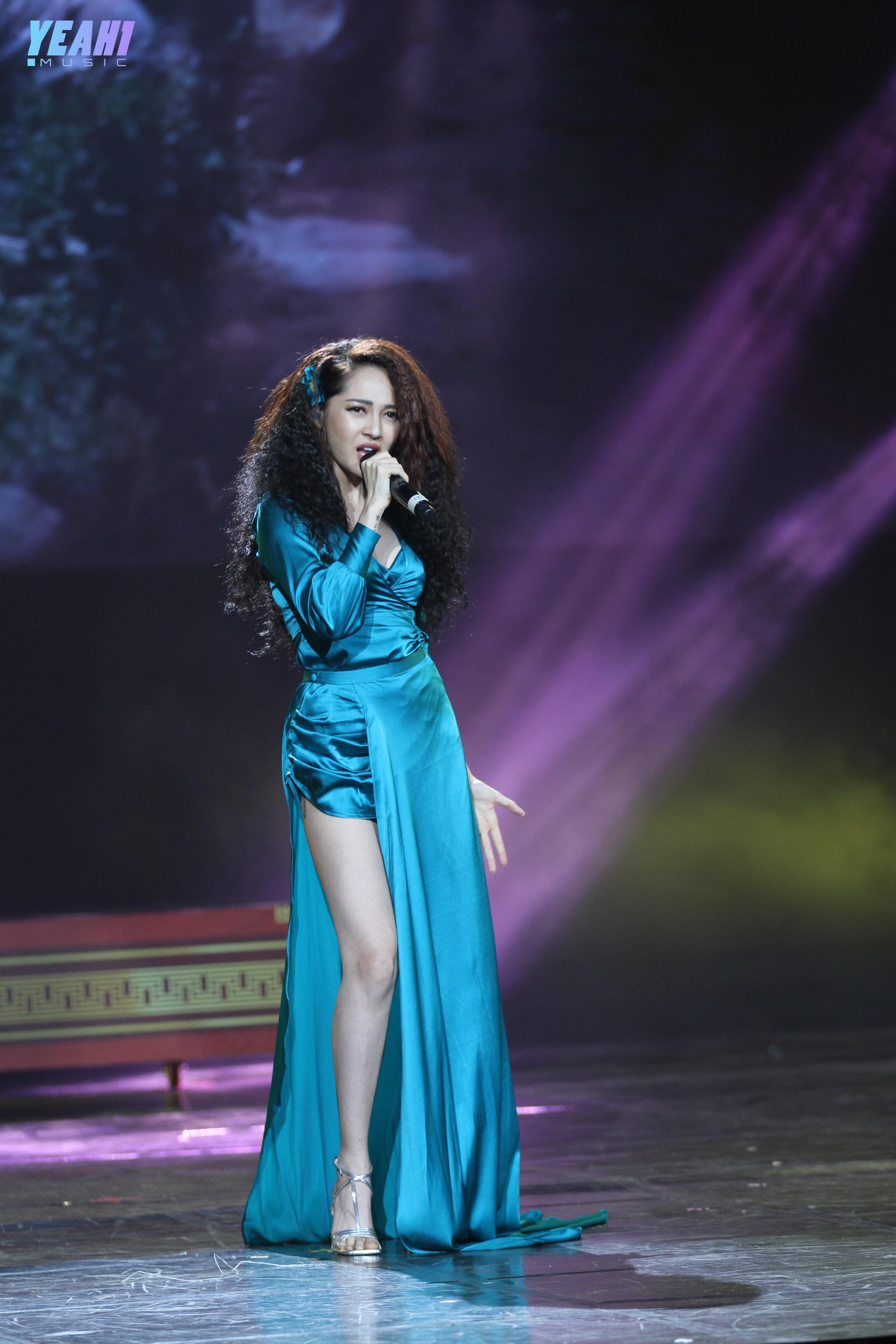 Đúng Như lời đồn, Bảo Anh trình diễn hit mới nóng bỏng đáp trả anti fan
