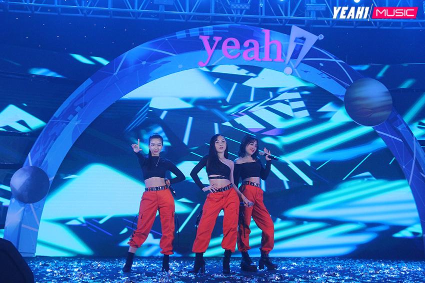 Han Sara, Hà Nhi, Yến Lê, Xesi, Lip B đốt cháy sân khấu đêm Yeah1 Year End Party